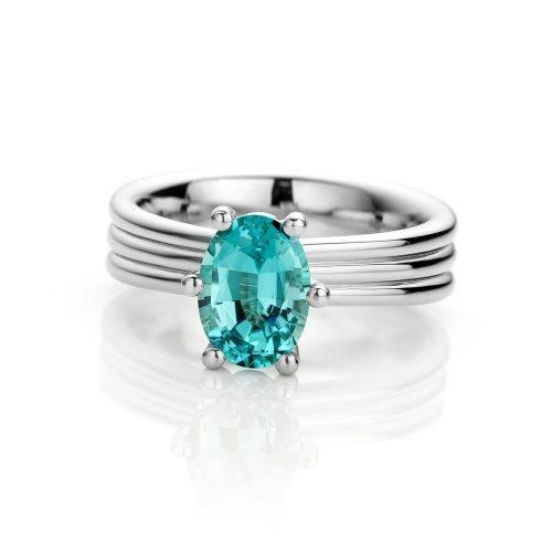 Platina ring met blauwe tourmalijn uit de Love for Details collectie van Hester Vonk Noordegraaf
