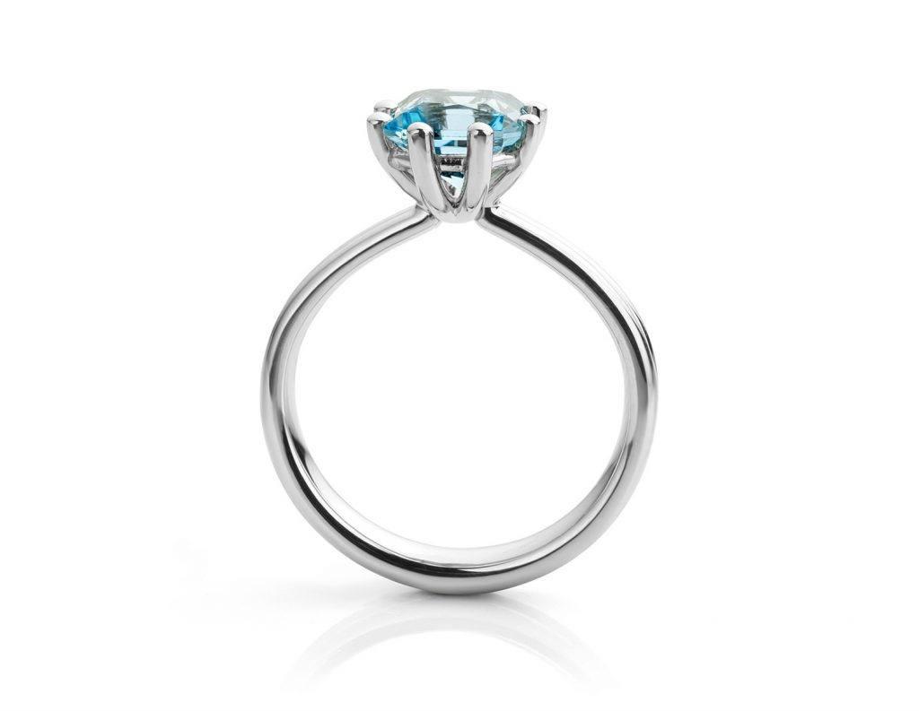 Ring gemaakt van platina met aquamarijn uit de serie Love for Details van Hester Vonk Noordegraaf