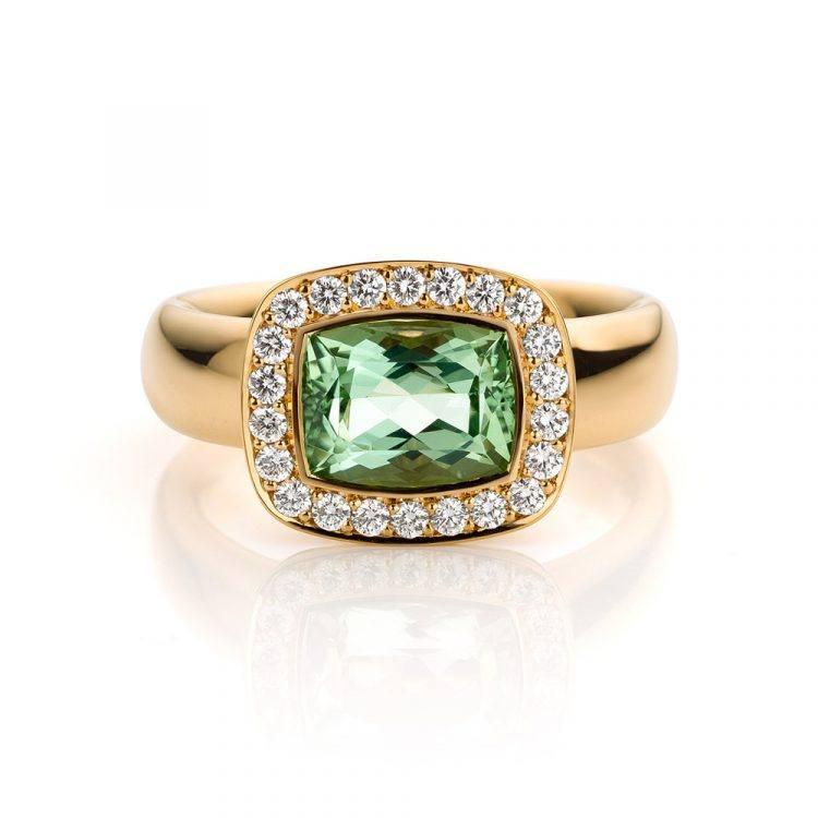 18 karaat roségouden ring met groene beryll en diamant uit de Soft Elegance collectie van Hester Vonk Noordegraaf