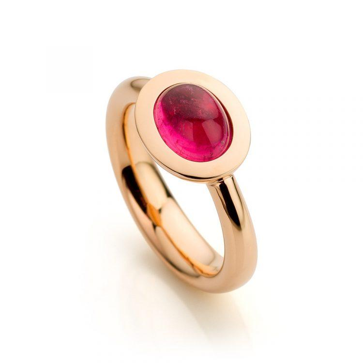 18 karaat roségouden ring met roze toermalijn uit de Soft Elegance collectie van Hester Vonk Noordegraaf