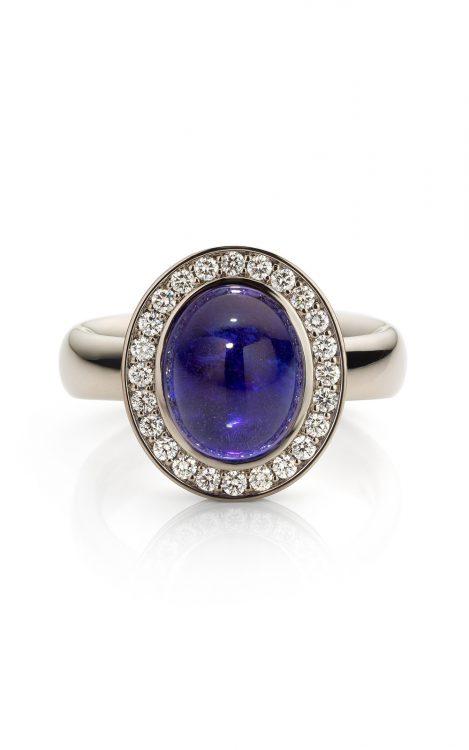 18 karaat witgouden ring met tanzaniet en diamant uit de Soft Elegance collectie van Hester Vonk Noordegraaf