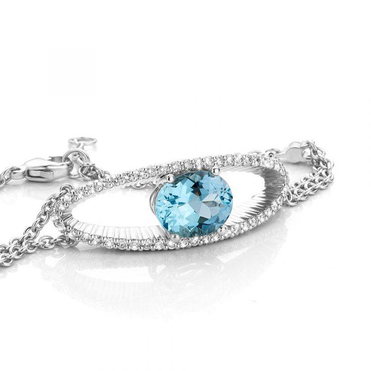 Armband van platina met aquamarijn en diamant uit de collectie Unexpected Sparkle van Hester Vonk Noordegraaf