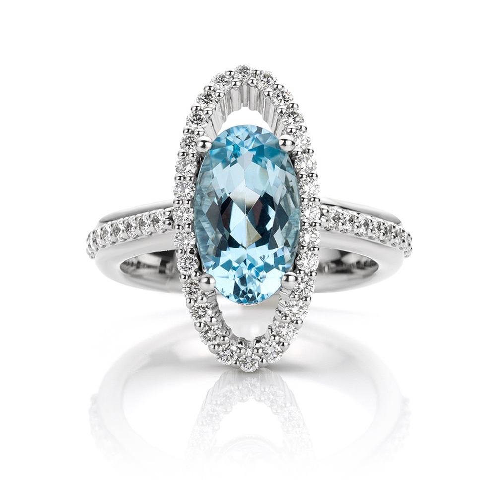 Ring gemaakt van platina met aquamarijn en diamanten uit de serie Unexpected Sparkle van Hester Vonk Noordegraaf